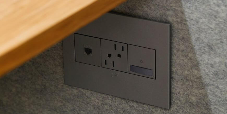 how to lower electric bill socket