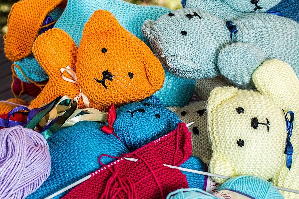 how to earn money during quarantine with handmade crafts