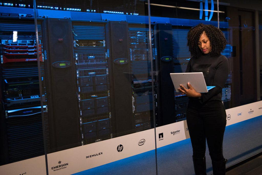 huge data centers make free cloud storage possible