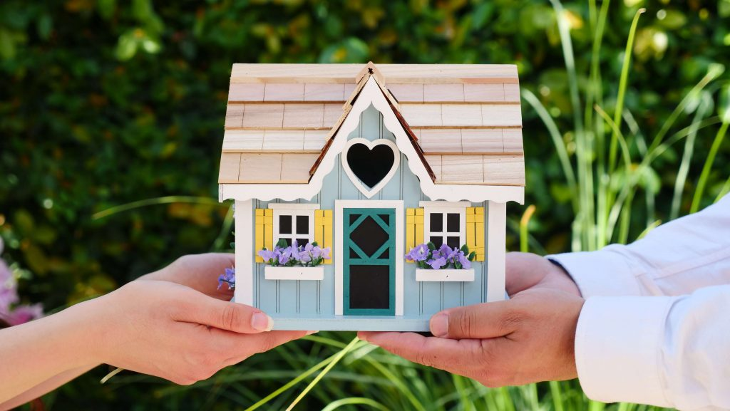 get the best mortgage interest rate when buying a home